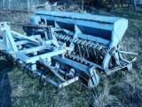Agregat uprawowo-siewny bierny 3,0m