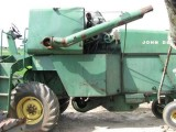 Kombajn MF Ferguson International John Deere inne
