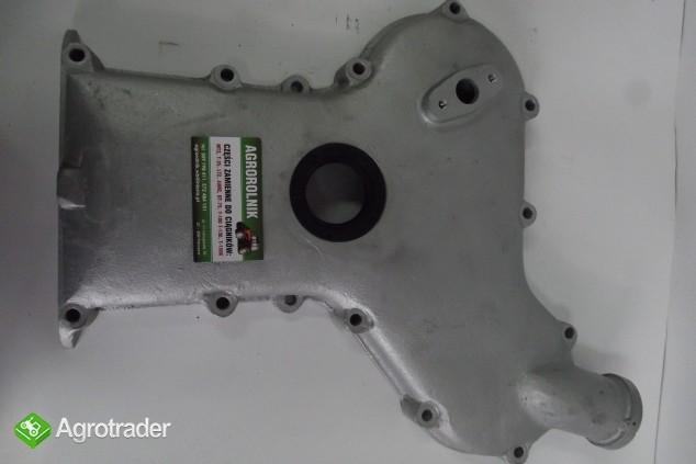 Pokrywa rozrządu na uszczelniacz przednia URSUS C 360