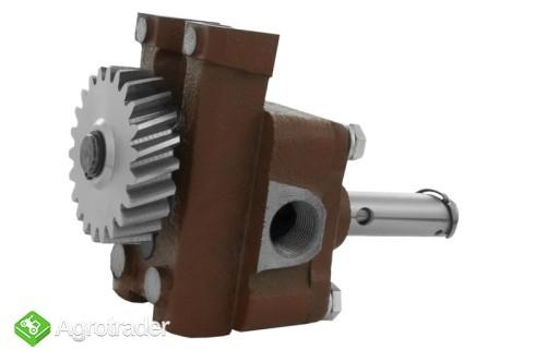 Pompa oleju silnika URSUS C 360 Stary Typ     - zdjęcie 1