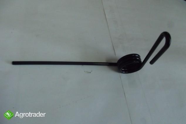 Palec zagarniajacy tylny fi-6,5mm  Siewnik Kongsklide Demeter Classic. - zdjęcie 1