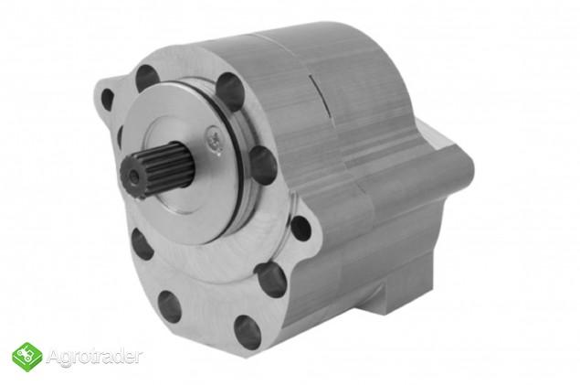 Pompa hydrauliczna wspomagania układu kierowniczego wzmocniona Ursus C