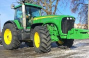 JOHN DEERE 8220 POWERSHIFT - 2005 ROK