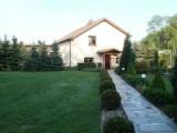 Piękny dom z dużą działką